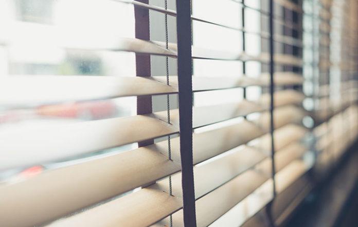 Jak udekorować okna