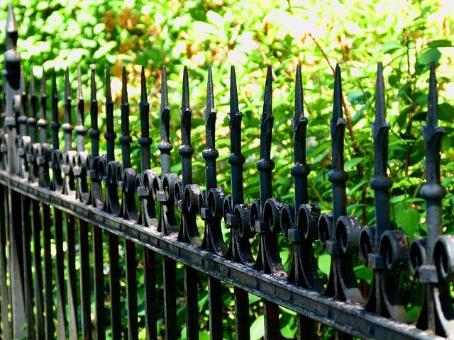 Bramy ogrodzeniowe dwuskrzydłowe