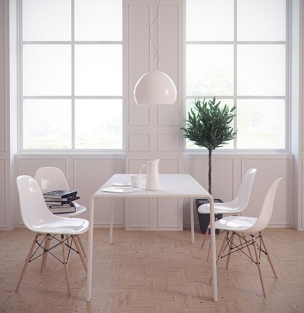 białe meble, stół, krzesła, kolor ścian
