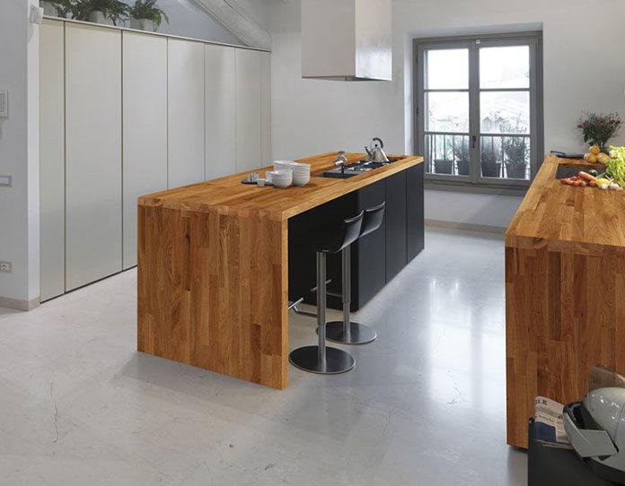 Najlepsze gatunki drewna na blaty drewniane w kuchni