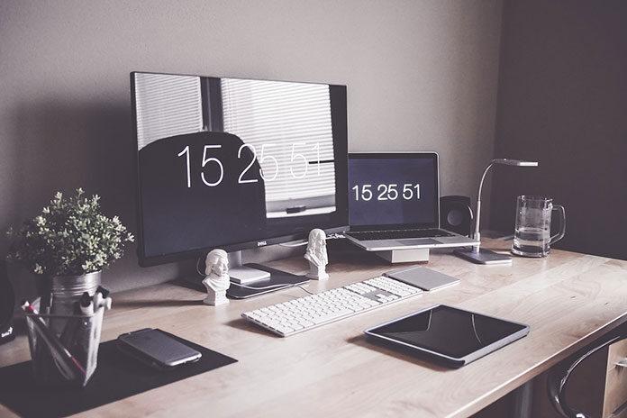 Akcesoria biurowe – zorganizuj swoją przestrzeń do pracy
