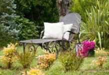 Dekoracje w małym ogródku